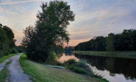 Západ slunce u řeky Labe v Kersku - Aira voda 2019