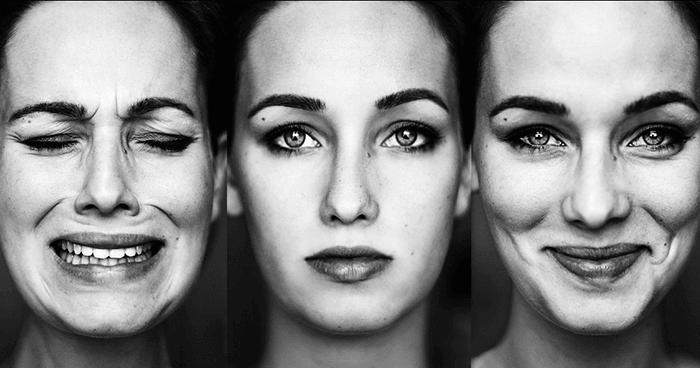 Žena předvádějící rozdílné emoce